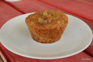 Pear/raisin/bran muffin.